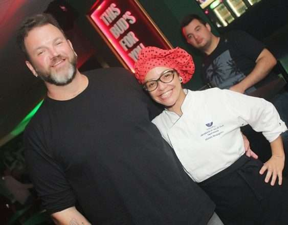 Foto de Chef Global Jimmy McManis curte o Bovary