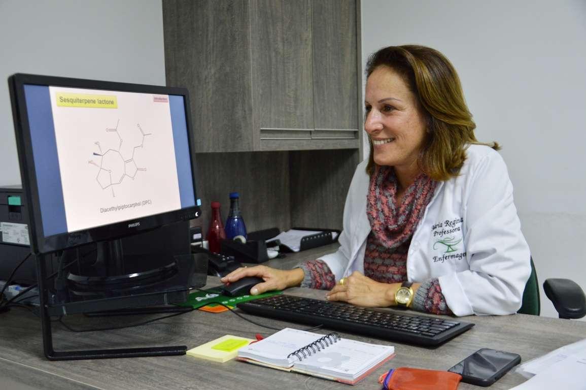 Foto de Pesquisadora de Itajaí está com estudos avançados para tratamento do câncer