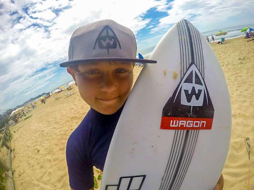 Foto de Takeshi Oyama inicia sua participação em campeonatos de Surf em São Paulo