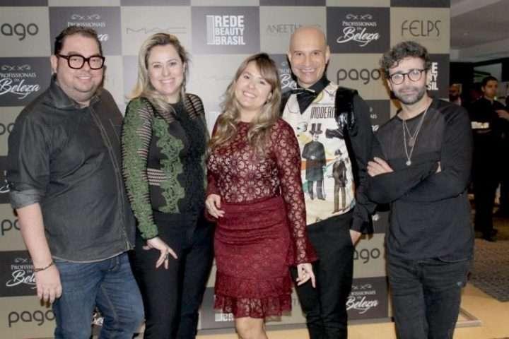 Foto de Fórum em SP reúne profissionais consagrados do mercado da beleza