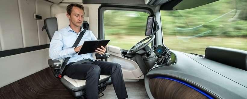 Mercedes Future Truck 2025 com Highway Pilot