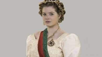 Foto de Atriz Julia Simoura interpreta rainha de portugal em filmedocumental