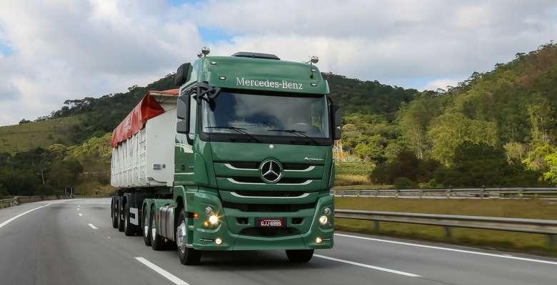 Caminhoes-Mercedes-Benz-Divulgação Title category