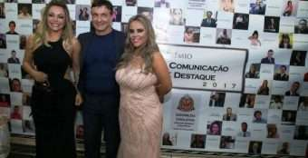 Adriana-Restum-Roberto-Restum-e-Viviane-Alves-Foto-Helio-Augusto-340x174 Title category