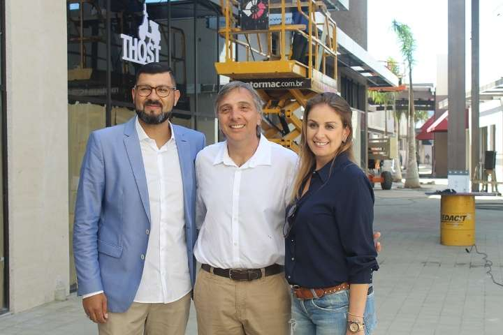 Michael Domingues, Francisco Barao e Aline Righi - Foto Roberta Watzko