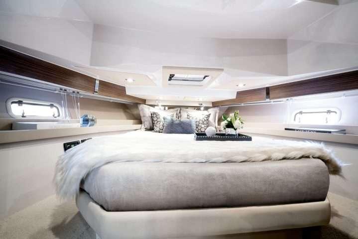 Azimut-Yachts-VERVE-40-Master-Cabin-1-e1513909182285 Title category