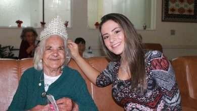 Foto de Miss teen realiza mutirão da beleza para idosos em São Paulo