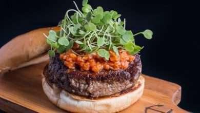 Foto de Sábado é a primeira edição 2018 do Burger no Quintal