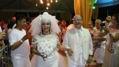 Foto de Jussara Calmon casamento e Réveillon na Praia de Copacabana