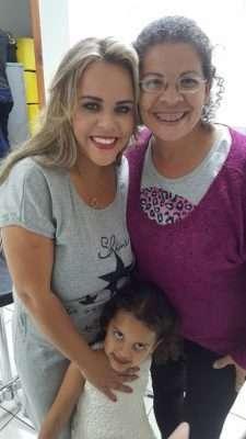 Viviane-Alves-Victoria-e-Carol-Moreira-Im.001-225x400 Title category