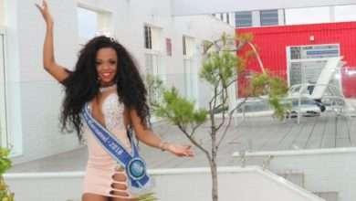 Foto de Deisiane Jesus Segunda Princesa do Carnaval concilia cuidados da casa e glamour da corte