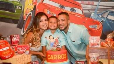 Foto de Funkeiro Mc Tikão da festão surpresa para seu filho
