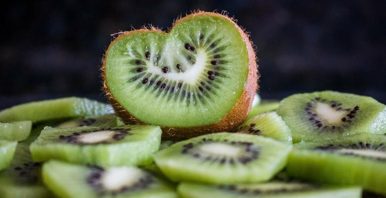 kiwi, colheita, hospedes, pousada, varshana, sitio, desconto, parana, promo, promocao, sao luiz do puruna
