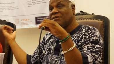 Foto de Babalawô Ivanir dos Santos comemora Dia Internacional da África em roda de conversa