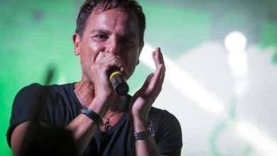 Foto de Sylvinho Blau Blau grande atração no Américas Music Hall