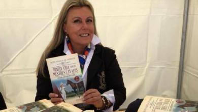 """Foto de Ruth Villela lança """"Minha Vida com os Mestres Cavalos"""""""