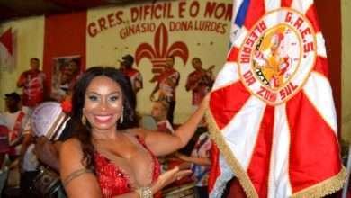 Foto de Rainha da bateria Anny Santos aproveita os embalos de pré-carnaval com a Alegria da Zona Sul