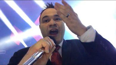 Foto de Tofanelo polemiza em entrevista de rádio e é contratado na hora pelo diretor