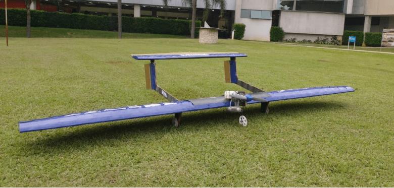 Nova aeronave Falcon III Anúbis disputará SAE BRASIL. Foto divulgação.