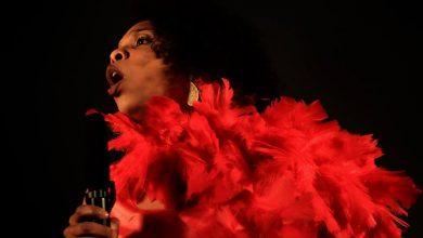 Foto de Grupo Teatral Mata! apresenta espetáculo sobre a música brega no período ditatorial