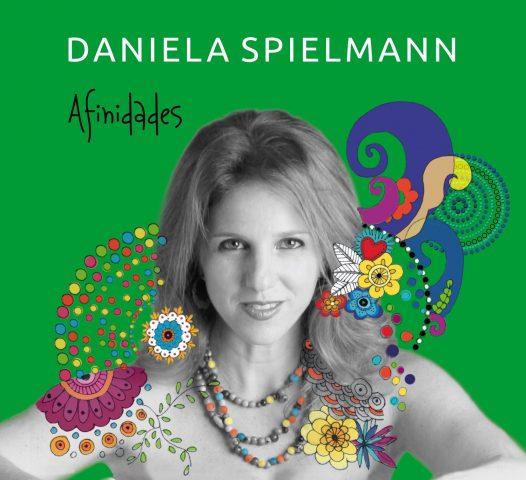 Daniela Spielmann lança seu primeiro CD autoral em 20 anos de carreira