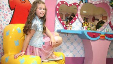 Foto de Lorena Queiroz escolhe a dedo seu look para festa de aniversário de 8 anos