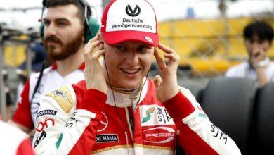 Foto de Mick Schumacher se diz confiante antes de teste pela Ferrari