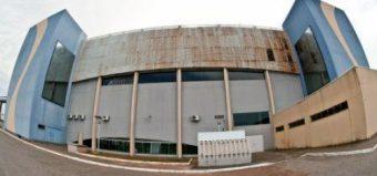 O Centro Multiuso de São José - SC, é o mais puro exemplo de desperdício do dinheiro público