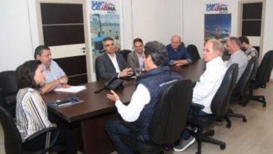 Foto de Redução do ICMS para aviação em SC é discutida na SANTUR