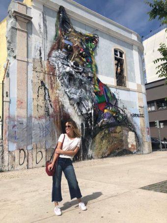 Atriz Carolina Stofella dá dicas preciosas para curtir a vibe cosmopolita de Lisboa e desbravar as cidades ao redor
