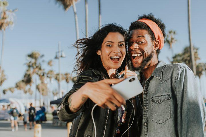 O mundo imaginário das selfies e suas consequências