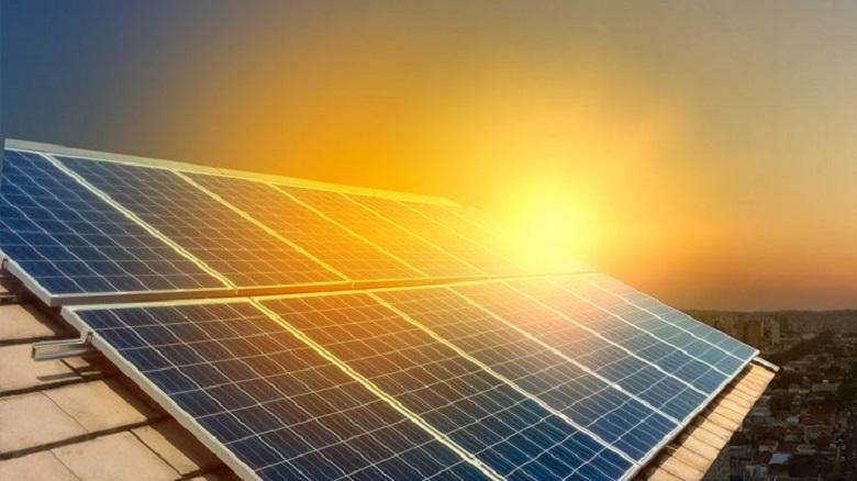 A relação da energia solar com a economia