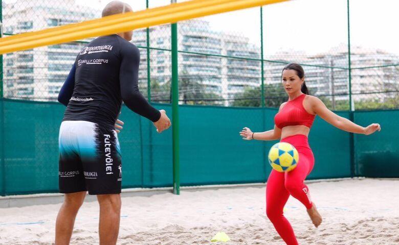 Fernanda D`avila- Fotos de: Reprodução / MF Press Global
