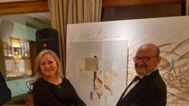 Foto de Artista plástica Janete Sena, ganhou o primeiro lugar no Grande Prêmio Cidade de Davos, na Suíça