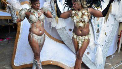 Foto de Pepê e Neném realizaram o ensaio fotográfico de passista para o carnaval de 2020