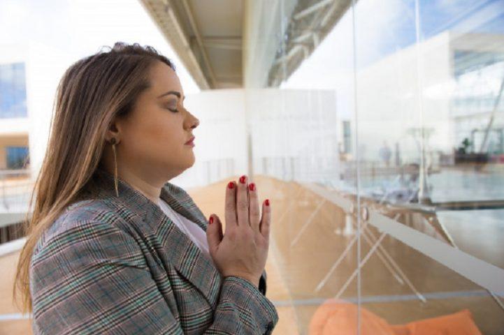 Bianca Enricone - Tenha Fé Na Cura. Deus em nós pode operar milagres? - Universo Vibracional - Foto Divulgação