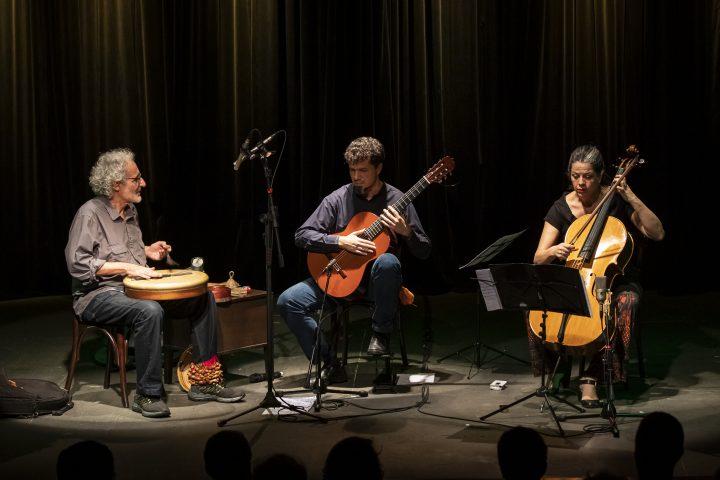 Daniel Murray, Adriana Holtz e Ari Colares se apresentam na Casa-Museu Ema Klabin