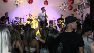 Foto de Grupo Jeito Moleque realiza show em Newark nos EUA lotado de Brasileiros