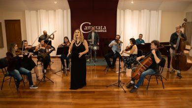 Foto de Tudo pronto para o espetáculo de Natal com o Quinteto de Cordas da Camerata Florianópolis