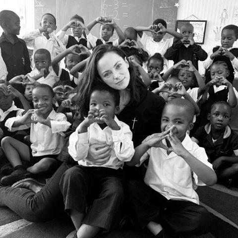 Empresa social ajuda através da educação a maior favela do mundo na África do Sul
