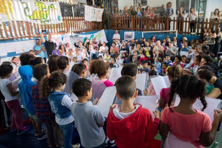 Mais de 80% dos catarinenses acreditam que organizações sociais precisam de voluntários
