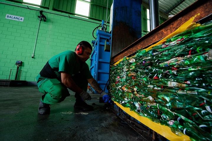 Cervejaria Ambev Quer Acabar Com A Poluição Plástica De Suas Embalagens Até 2025