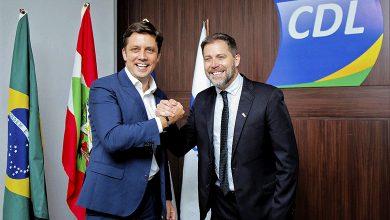 Foto de CDL a nova diretoria de Balneário Camboriú