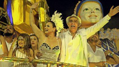 Foto de Filho de Chico Anysio, Nizo Neto brilha no Carnaval de SP.