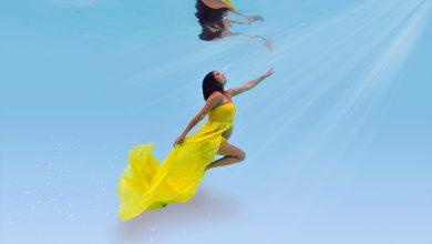 Foto de Márcia de Oliveira Grávida, a atriz faz ensaio subaquático