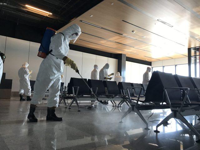 Exército e Floripa Airport realizam sanitização no aeroporto