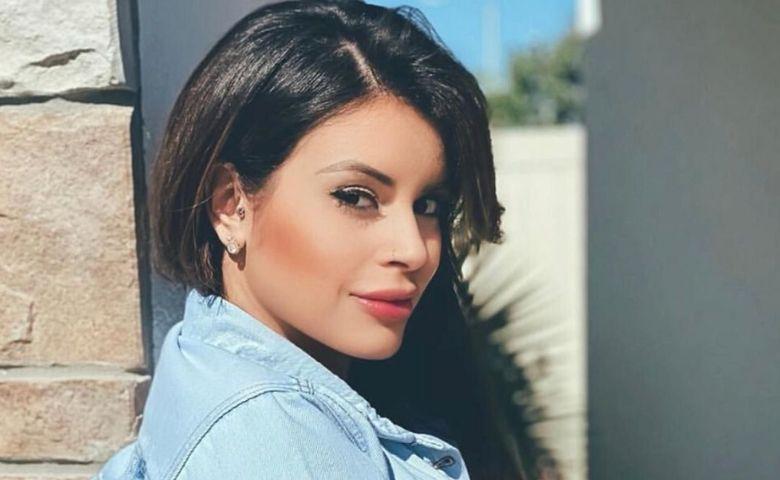 Thay Oliveira é uma brasileira que está fazendo muito sucesso