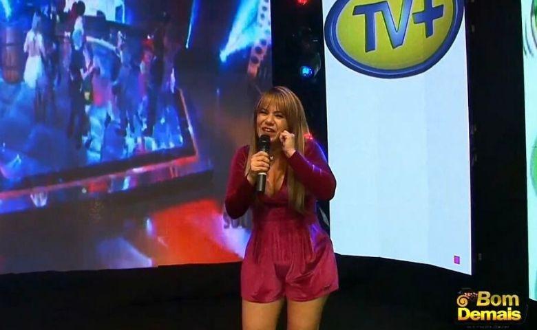 Flavinha Cheirosa apresentadora de TV está de volta nas telinhas