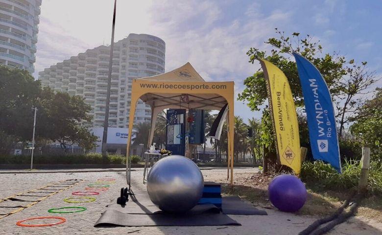 Ecoesporte promove atividades físicas na praia da Barra RJ