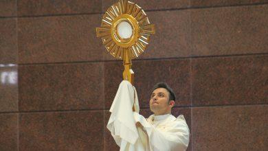 Foto de Corpus Christi – Santíssimo Sacramento passará pelas ruas de Nova Trento